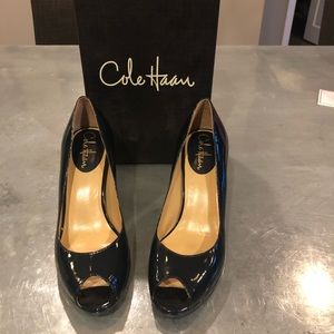 Cole Haan Carma Air Pump, Fleet Blue, size 7.5